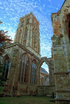 Howden Minster in HDR