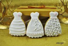 Galletas vestido de novia con glasa real