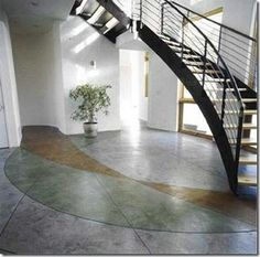 Perhaps you are about to choose the floor for your new home, want to reform or already have a smooth cement floor but want to make a change. Painted Cement Floors, Concrete Floors, Concrete Staining, Painting Cement, Concrete Contractor, Interior Architecture, Interior Design, Rural House, Best Flooring
