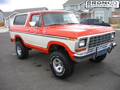 1979 Ford Bronco 1978 Ford Bronco, Ford 4x4, Classic Bronco, Classic Cars, Boy Toys, Toys For Boys, Paint Themes, Early Bronco, Custom Garages