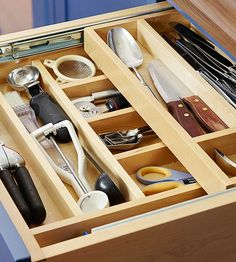 This double-decker storage system inside of one drawer is brilliant! This would work so well in my baking drawer!