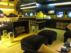 A lareira da sala de TV em Graceland