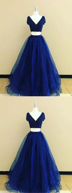 two-piece navy blue long prom/evening dress, Shop plus-sized prom dresses for curvy figures and plus-size party dresses. Ball gowns for prom in plus sizes and short plus-sized prom dresses for Prom Dresses 2018, Dresses Uk, Evening Dresses, Dress Prom, Dress Long, Party Dresses, Prom Gowns Vintage, Vestido Dress, Simple Prom Dress