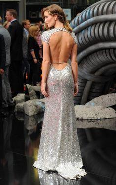 Rosie Huntington-Whitely. Gorgeous...love the back line