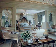 Nice 60 Romantic Master Bedroom Decor Ideas https://roomadness.com/2017/12/29/60-romantic-master-bedroom-decor-ideas/