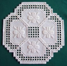 hardanger patterns free | Here is the doily in all of it's glory.