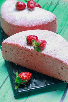 Strawberry Chiffon Cake Sponge is a perfect birthday cake if you looking for the best chiffon cake recipe. Chiffon cake mixing method with the recipe video Strawberry Sponge Cake, Homemade Strawberry Cake, Strawberry Cake Recipes, Sponge Recipe, Sponge Cake Recipes, Marshmallow Buttercream, Polish Recipes, Polish Food, Mug Cake Microwave