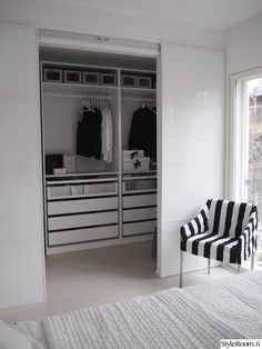 New wardrobe closet ideas ikea pax sliding doors Ideas Bedroom Closet Design, Closet Designs, Home Bedroom, Bedroom Decor, Small Closet Design, Ikea Wardrobe, Bedroom Wardrobe, Ikea Pax Closet, Attic Closet