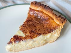Classic Sugar Cream Pie – Page 2 – Incredible Recipes While we all know and love a good cream pie, typically our options are limited to banana cream or coconut crea Just Desserts, Delicious Desserts, Dessert Recipes, Yummy Food, Amish Recipes, Cooking Recipes, Dutch Recipes, Sweet Recipes, Yummy Recipes