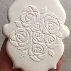 A quick video on how to get the texture on the Lace Cookies in the previous post. Use our Tulle over the top of a stencil in the genie, stiff icing and make sure you scrape down so it's only a thin layer of Royal Icing otherwise the Tulle texture won't be as visible...@stencille