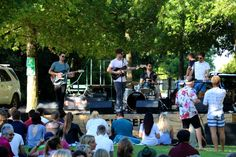 Big names booked for Backsberg's 2019 summer picnic concerts Summer Picnic, Cape Town, Bass, Dolores Park, Music Concerts, Entertainment, Live, Events, Lowes