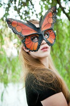 63 trendy monarch butterfly art for kids craft ideas Cardboard Mask, Butterfly Mask, Monarch Butterfly Costume, Leather Dye, Animal Masks, Animal Costumes, Masks Art, Masquerade Ball, Diy Mask