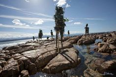 FACEBOOK 22 Aug. Imagician (photo). Gordon Froud (artist). Site_Specific #LandArtBiennale. #LandArt #Plett