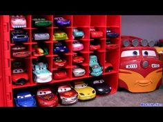 Cars 2 storage carry case Store 30 die-cast cars Disney Pixar Cars Toon Mater's tall tales toys