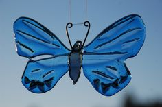 Butterfly Ceramic Art, Moth, Glass Art, Insects, Butterfly, Ceramics, Painting, Hall Pottery, Pottery