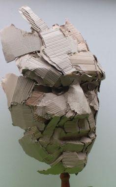 Cara de cartón 1 h = 70 cm. - Cara de cartón 1 h = 70 cm. Cardboard Sculpture, Cardboard Art, Art Sculpture, Bronze Sculpture, Metal Sculptures, Abstract Sculpture, Sculpture Romaine, Masks Art, Gcse Art