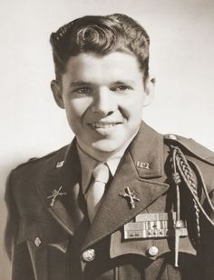 Audie Murphy: A Life Larger Than Legend - America in WWII/ most decorated American war hero ever!