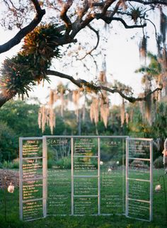 Window wedding sign: http://www.stylemepretty.com/2014/10/08/chic-sarasota-fl-wedding-at-marie-selby-botanical-gardens/ | Photography: Justin DeMutiis - http://justindemutiisphotography.com/