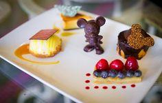 Inexpensive alternative to other Grand Floridian restaurants! Disney Desserts, Disney Snacks, Disney World Food, Disney World Restaurants, Comida Disney, Disney Vacations, Disney Honeymoon, Grand Floridian Disney, Disney Tourist Blog