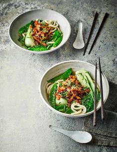 Fry shredded chicken in miso and gochujang and add to this nutritious broth for a gut-friendly meal