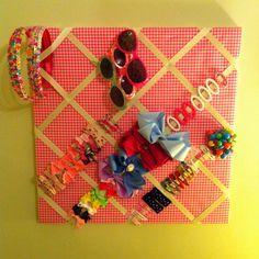 Organize hair accessories