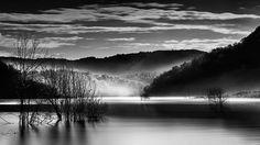Hava su toprak... Anadolu- Türkiye Air water soil ... Anadolu-Turkey ---------------------------- @carlzeisslenses  @leefilters  @gitzoinspires  @nikon.turkiye  @nikonusa ----------------------- #landscape #landscape_lovers #leefilters #nikonphotography #sunrise #morning #exklusive_shot #all_shots #lake #fog #instagood #blackandwhite #bw #longexposure #travel #tree #traveler #gezgin #mountains #sky #clouds #objektifimden #hayatakarken #fotografheryerde #benimkadrajım #altinkare…