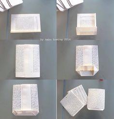 Ein feines Upcycling aus alten Buchseiten, mit Tutorial fürs Papiertütenfalten… mit Astscheiben veredelt… 24 für jeden Tag bis zu Heiligabend…