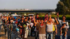 Hunderte zu Fuß auf der Autobahn: In Ungarn beginnt der große Marsch - n-tv.de