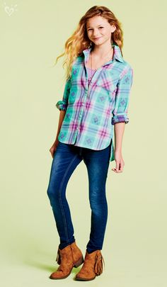 Meet your fall uniform: plaid in just-right color combos, dark-wash denim and fringed booties!