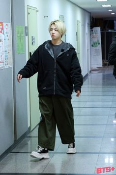 Jungkook Abs, Jungkook Cute, Foto Jungkook, Bts Taehyung, Namjoon, Foto Bts, Jungkook Songs, Busan, Bangtan Twitter