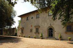 San Casciano in Val di Pesa , Chianti , Tuscany  Casa Vecchia (x 12 people)  Sleeps 12  | Bedrooms 6  | Bathrooms 5