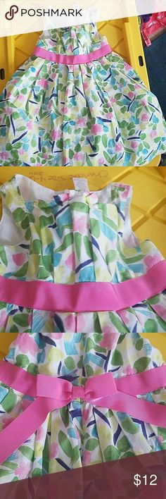Gorgeous 4t dress This Gymboree dress is so pretty. Twirly due to the crinoline underneath, grosgrain ribbon detailing, zips in the back. EUC! Gymboree Dresses