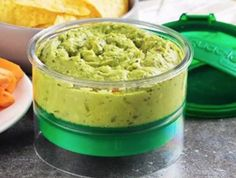 Usually guac won't last more than a day without browning. But this guacamole container creates an airtight seal that keeps oxygen out, so it stays green and fresh for days.) Push the the container's base t Wild Rose Detox, Detox Recipes, Healthy Recipes, Cream Soup Recipes, Roasted Figs, How To Make Guacamole, Dried Beans, Pumpkin Recipes, Serving Dishes