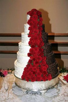 I know you liked the idea of a chocolate wedding cake so I thought I would show . - - I know you liked the idea of a chocolate wedding cake so I thought I would show you this! Unique Wedding Cakes, Unique Cakes, Beautiful Wedding Cakes, Creative Cakes, Beautiful Cakes, Unique Weddings, Amazing Cakes, Cake Wedding, Perfect Wedding