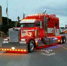Seen This Truck At Mackinac City Show Parade Tractors Custom Rigs