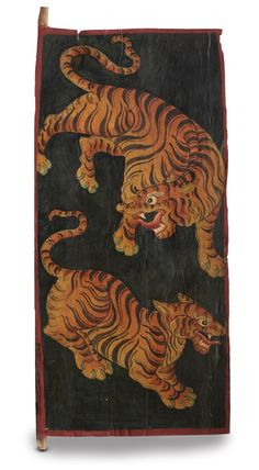 The Earth installation in the Jaya He Museum, conceived by #Rajeev Sethi has a composition of 64 tiger doors from North East India.Doors of Buddhist prayer rooms are painted and more often with tigers as it symbolises unconditional confidence, disciplined awareness, fearlessness and power.