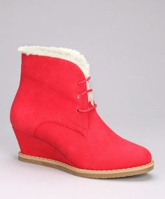Fabulous Santa-inspired booties for my friend @Anna Hemsworth 's fabulously fashionable 9 year old Arabella <3