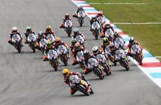 Silverstone beckons the Red Bull MotoGP Rookies Cup this coming weekend. Races 10 and 11 of the 14 in the season will be highlights of the British Grand Prix weekend as the 50 points available for a double win seem increasingly valuable. - See more at: http://superbike-news.co.uk/wordpress/index.php/Motorcycle-News/red-bull-motogp-rookies-cup-silverstone-could-be-anyones-races#sthash.km0UpFMa.dpuf