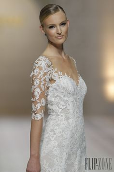 Pronovias 2015 collection - Bridal - http://www.flip-zone.com/pronovias-4739