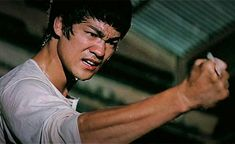 We have compiled here top 10 fight scenes from Bruce Lee's different movies like Enter the Dragon, The Big Boss, Game of Death, Fist of Fury, Way of the Drag. Brandon Lee, Karate, Bruce Lee Training, Bruce Lee Pictures, Bangkok, Game Of Death, Kung Fu Movies, The Big Boss, Film Streaming Vf