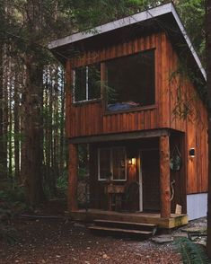 29 Amazing Shed to Tiny House Conversions — ExploratoryGloryExploratory Glory … – Famous Last Words Off Grid Tiny House, Shed To Tiny House, Off Grid Cabin, Tiny House Cabin, Tiny House Living, Tiny House Design, Tiny House Kits, Shed Cabin, Mini Cabins