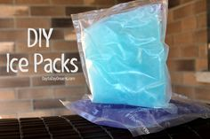Make ice packs with Foodsaver. Using this idea to make neck wrap for hot summer days.