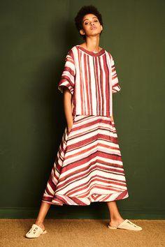A coleção nova da Sissa de Alessandra Affonso Ferreira é batizada de Mombaça Dendê e parte de recordações