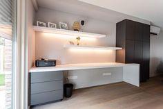 Guest Room Office, Home Office, Office Desk, Interior Design Inspiration, Room Inspiration, Floating Desk, Corner Desk, Home Furniture, Dressings