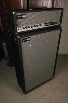 """Sunn 1200S Head & 6x10"""" cabinet - Stack - Vintage 1970's"""