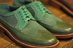 Green wingtips