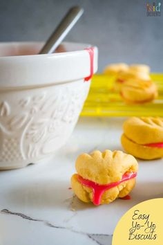 These delicious easy yo-yo biscuits are quick and easy to make and taste amazing! Great for bake sales, afternoon tea or a lunchbox treat. #kidscooking #baking #yoyo #cookies #treats #biscuits #kidgredients #bakingwithkids