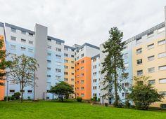 Die frisch sanierte Häuserfassade im Wohnquatier Höhe