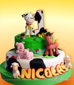 LORENA MEINERO | Tortas Decoradas Farm Animal Cupcakes, Farm Animal Party, Farm Animal Birthday, Animal Cakes, Farm Party, Fondant Toppers, Fondant Cakes, Cupcake Cakes, Baby Boy Cakes