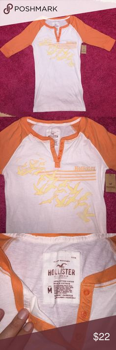 NWT Hollister 3/4 Sleeve Baseball Tee New With Tags Hollister 3/4 Sleeve Button Up Baseball Tee! In perfect condition no rips or stains! Hollister Tops Tees - Short Sleeve